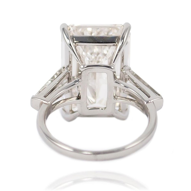 Women's or Men's J. Birnbach GIA Certified 11.43 Carat H VS1 Emerald Cut Diamond Ring For Sale