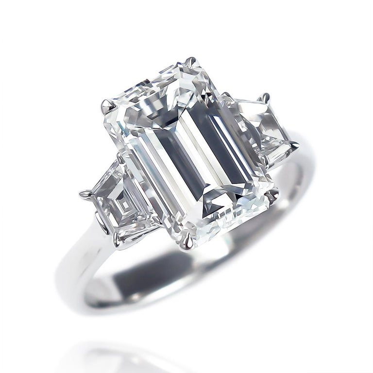 J. Birnbach GIA Certified 3.50 Carat Emerald Cut Diamond Three-Stone Ring In New Condition For Sale In New York, NY