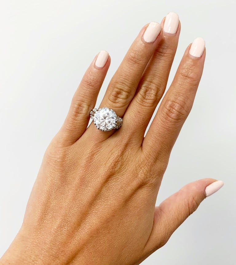 J. Birnbach GIA Certified 4.51 Carat I SI1 Round Brilliant Diamond Vintage Ring In Excellent Condition For Sale In New York, NY