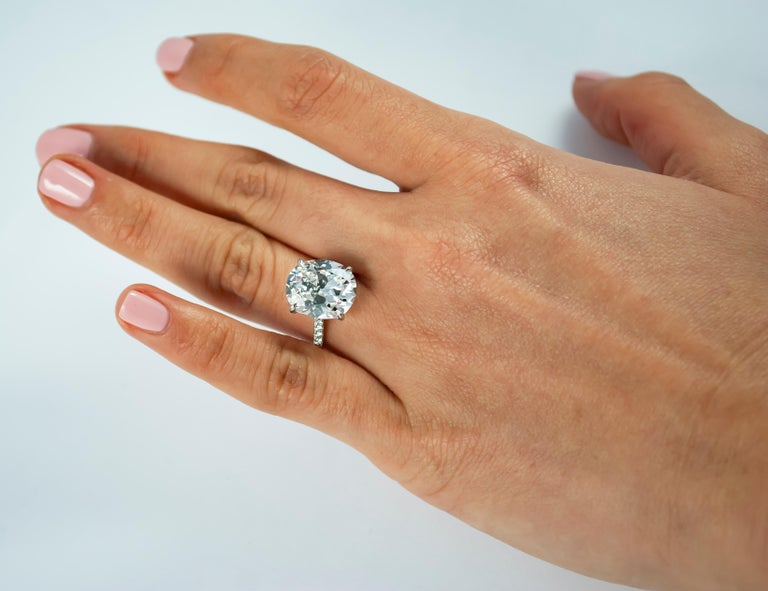 J. Birnbach GIA Certified 5.23 Carat Cushion Brilliant Cut E VS2 Diamond Ring In New Condition For Sale In New York, NY
