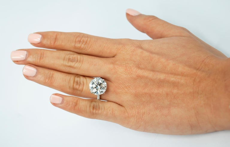 J. Birnbach GIA Certified 7.02 Carat Brilliant Round Diamond Ring In New Condition For Sale In New York, NY