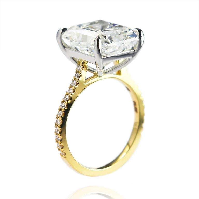 J. Birnbach GIA Certified 7.83 Carat Radiant Cut Diamond Solitaire Ring In New Condition For Sale In New York, NY