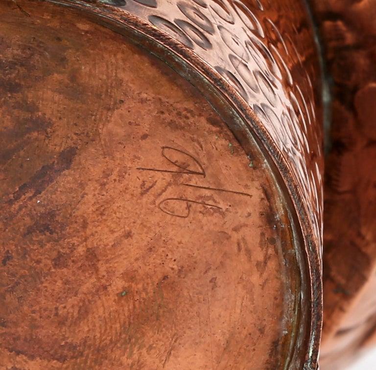 J F Poole Hayle Arts & Crafts Handbeaten Cornish Copper Inkwell For Sale 4