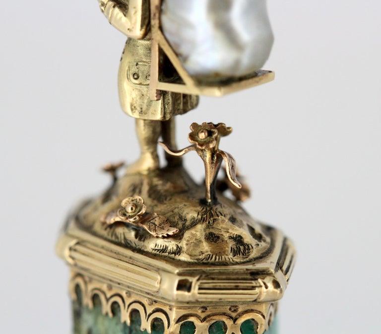 J. Mandereau / Maison Molgatini - 18k gold emerald and baroque pearl desk seal For Sale 4