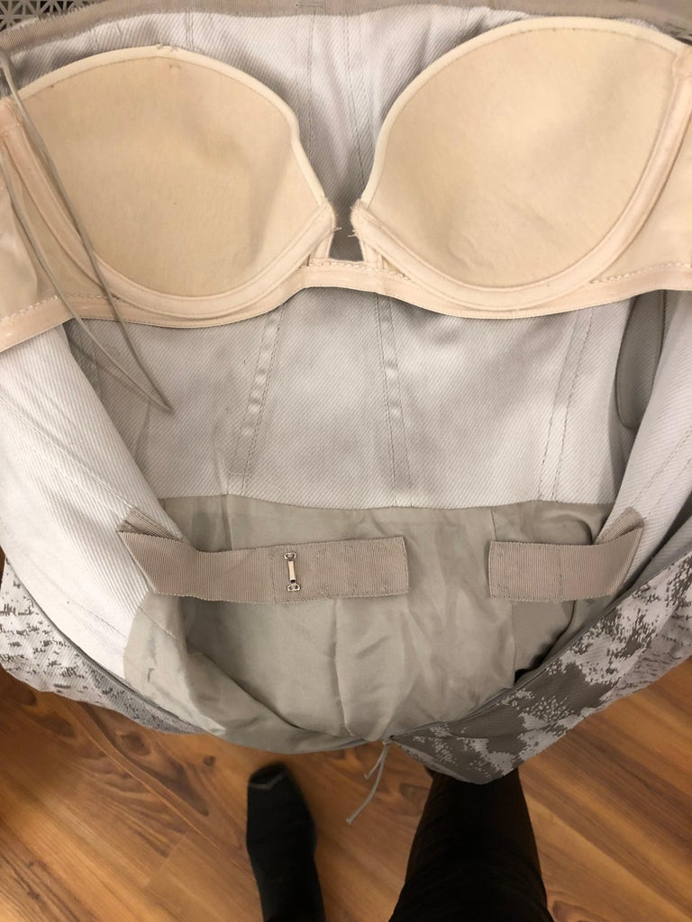 J. Mendel Paris Strapless Grey/Silver Dress (S) For Sale 2