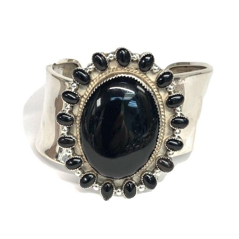 Round Cut J. Wright Navajo Sterling Silver Onyx Cuff Estate Bracelet For Sale