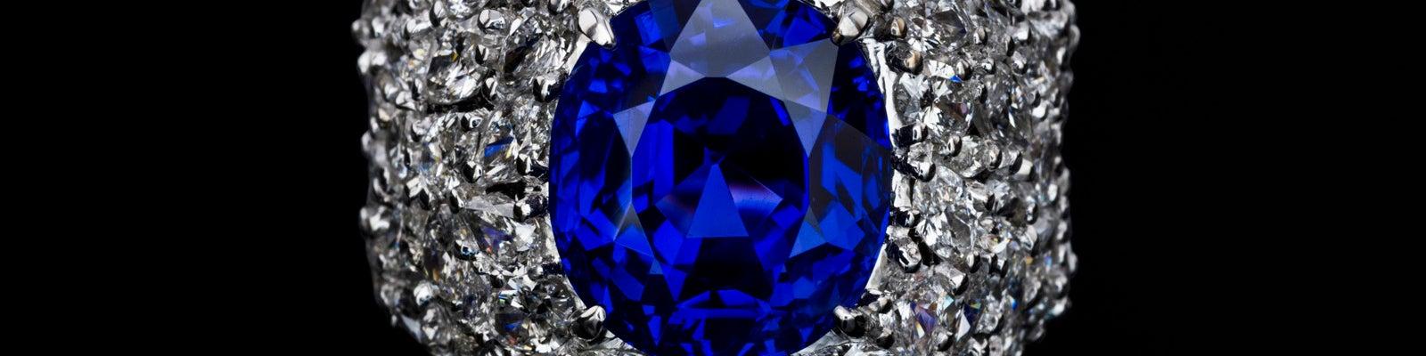 Castor Jewelry