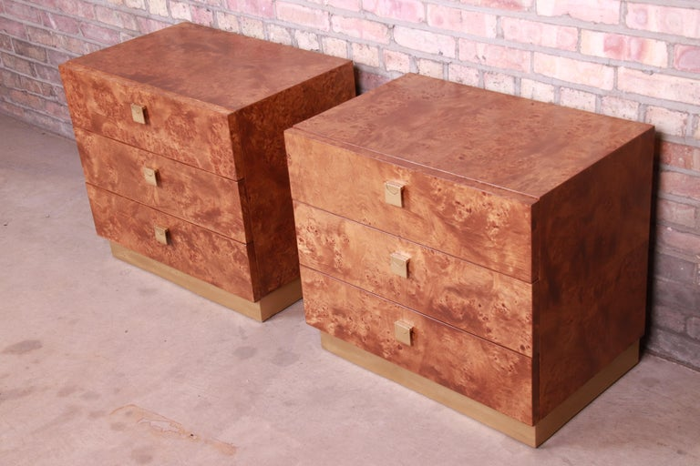Mid-Century Modern Jack Cartwright for Founders Midcentury Burl Wood Bedside Chests, Restored For Sale
