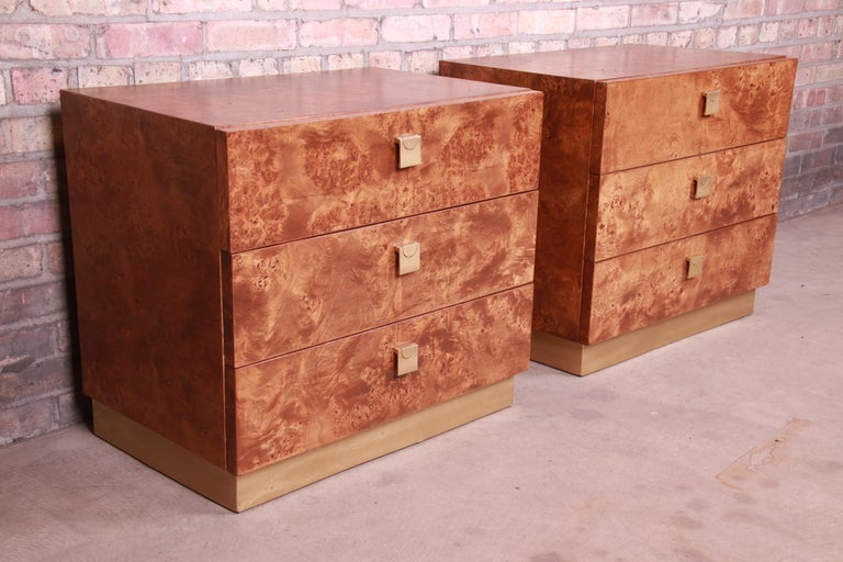 Late 20th Century Jack Cartwright for Founders Midcentury Burl Wood Bedside Chests, Restored For Sale