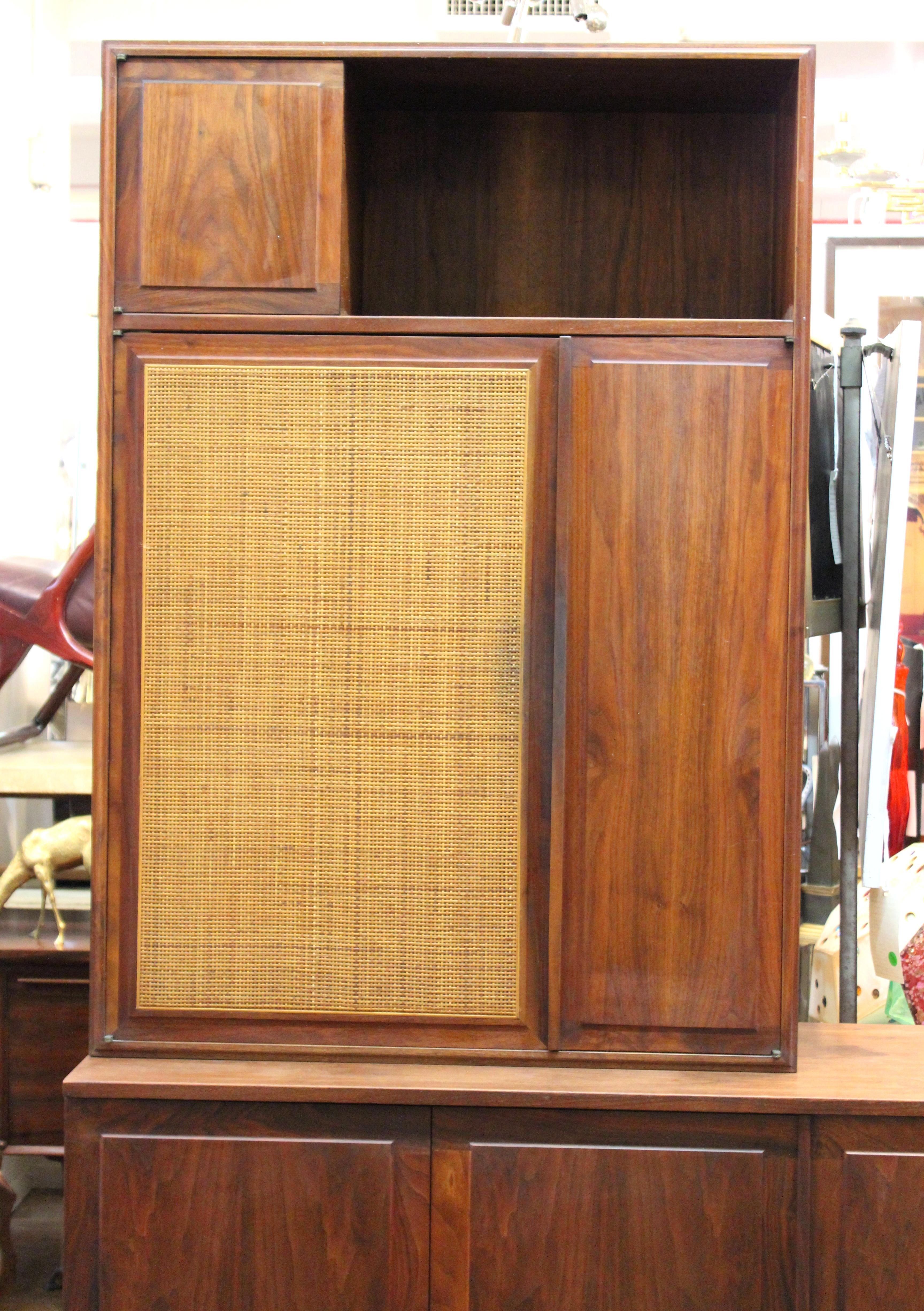 Mid Century Modern Honduran Rosewood Book Matched Cabinet Designed By Jack  Cartwright For Founders
