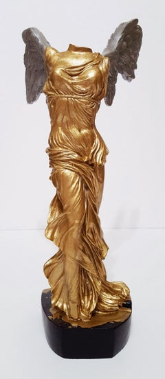 Victory of Samothrace Sculpture