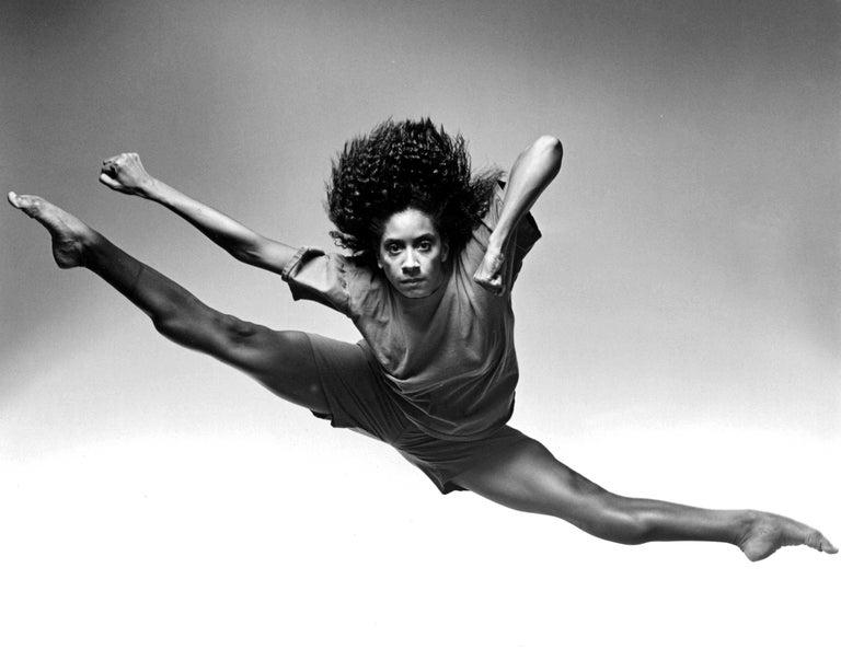 Alvin Ailey dancer Toni Pierce - Photograph by Jack Mitchell
