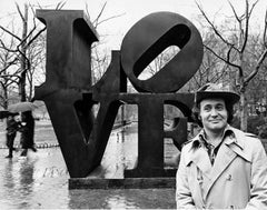 Artist Robert Indiana with his LOVE sculpture in Central Park, NYC