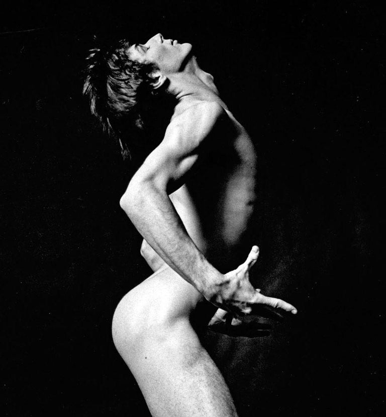 Dancer Daryl Gray nude, signed by Jack Mitchell For Sale 1