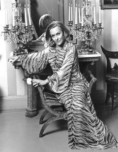 Iconic 'Sunset Boulevard' Hollywood Film Star Gloria Swanson at home in NYC