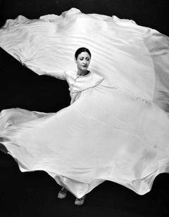 "Modern dancer Ellen Kogan performing ""La Loie: A Tribute to Loie Fuller"""