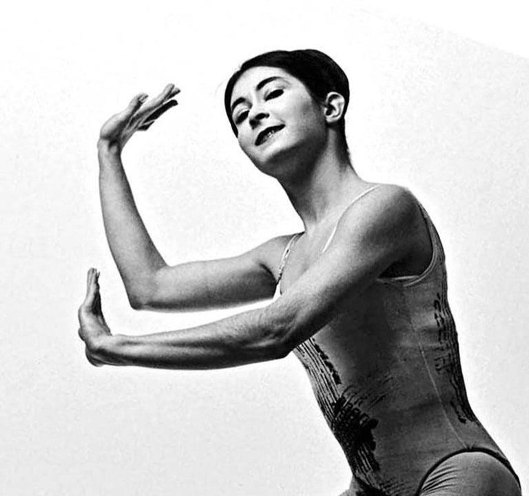 Paul Taylor dancer Twyla Tharp - Photograph by Jack Mitchell