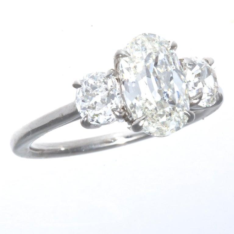 Oval Cut 1.64 Carat Oval Brilliant Cut Diamond Platinum Ring For Sale