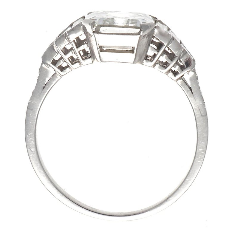 Art Deco Jack Weir & Sons GIA Certified 2.02 Carat Emerald Cut Diamond Platinum Ring For Sale