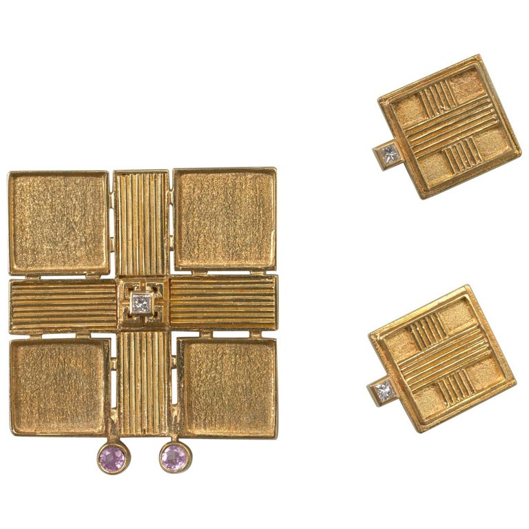 Jacob de Groes Square Gold Brooch and Earrings For Sale