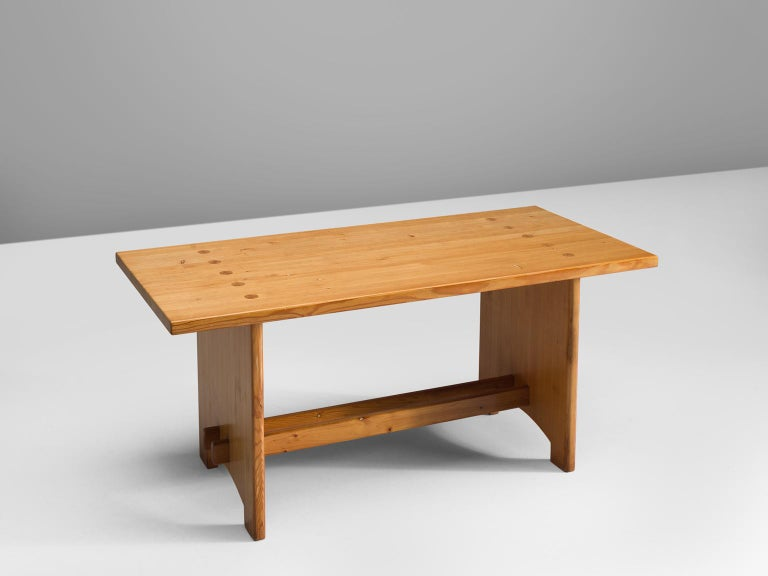 Jacob Kielland-Brandt, dining table, solid pine, Denmark, 1960s.  This remarkable table holds a strong expression and this organic shaped design is in well contrast with the solid high tapered legs which provides an open elegant look. We also have