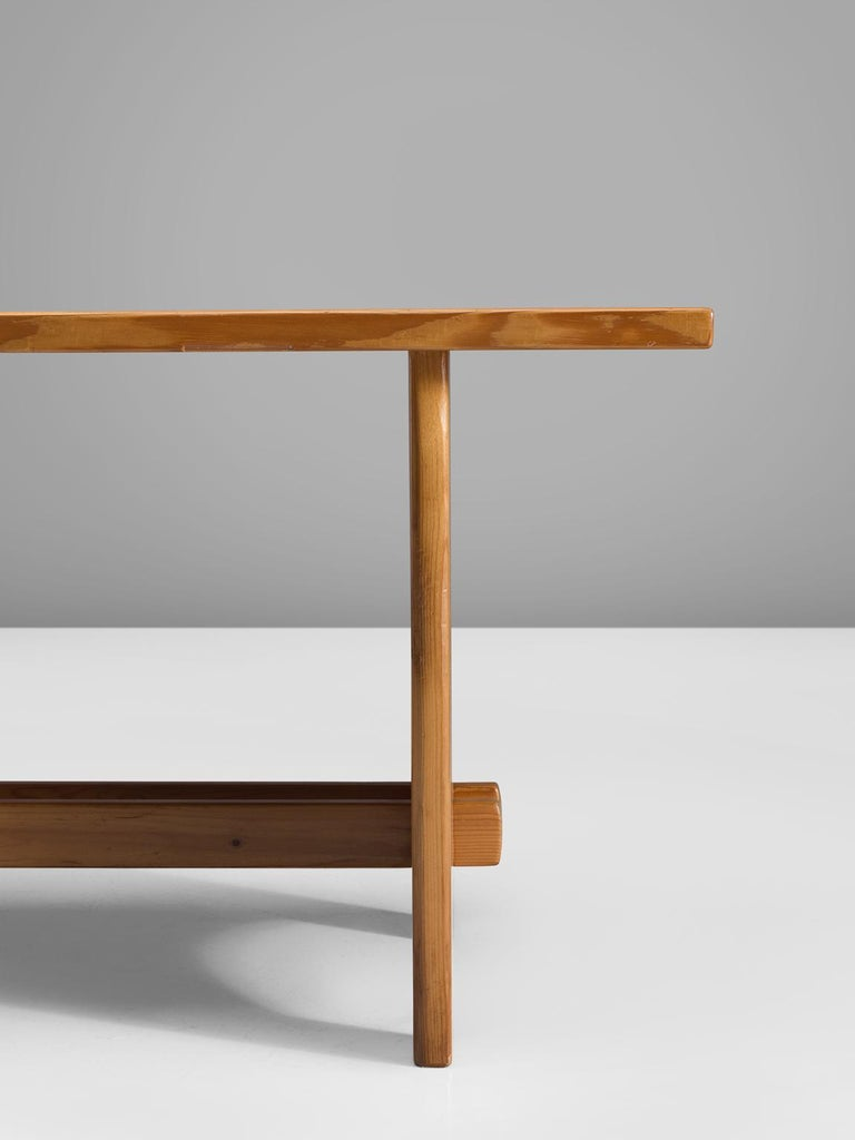 Jacob Kielland-Brandt Dining Table in Solid Pine For Sale 2