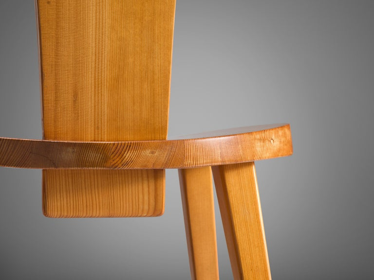 Jacob Kielland-Brandt Set of Four Dining Chairs in Solid Pine For Sale 2