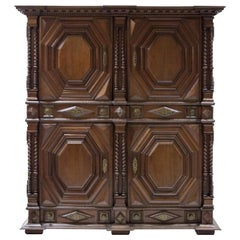 Oak Cabinet, France, Haute Bretagne Late 17th Century