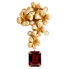 Jacobean Style Pendant Necklace in 18 Karat Gold with Natural Ruby and Diamonds