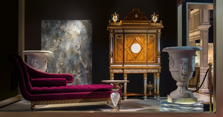 Jacqueline Italian Dormeuse in Wood with Velvet and Satin Details by Zanaboni In New Condition For Sale In MEDA, IT