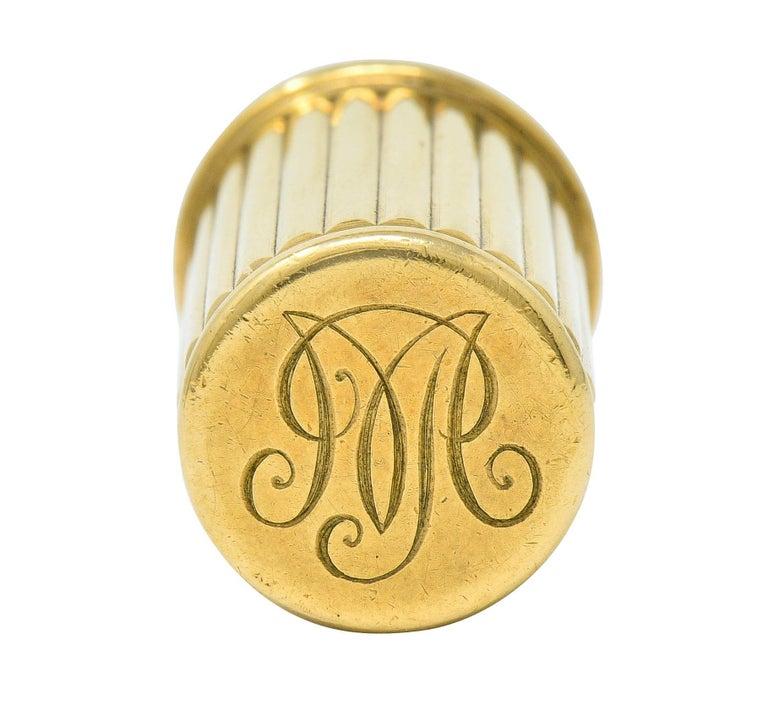 Women's or Men's Jacques Cartier Art Deco 9 Karat Gold Functional Ribbed Lighter For Sale