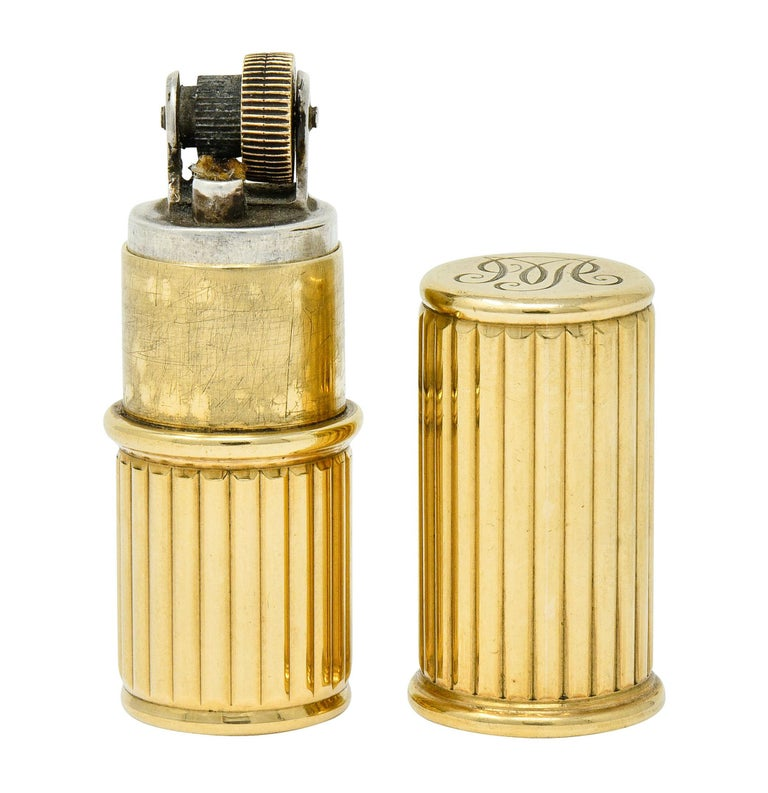 Jacques Cartier Art Deco 9 Karat Gold Functional Ribbed Lighter For Sale 3