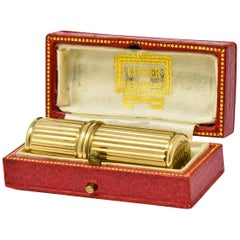 Jacques Cartier Art Deco 9 Karat Gold Functional Ribbed Lighter