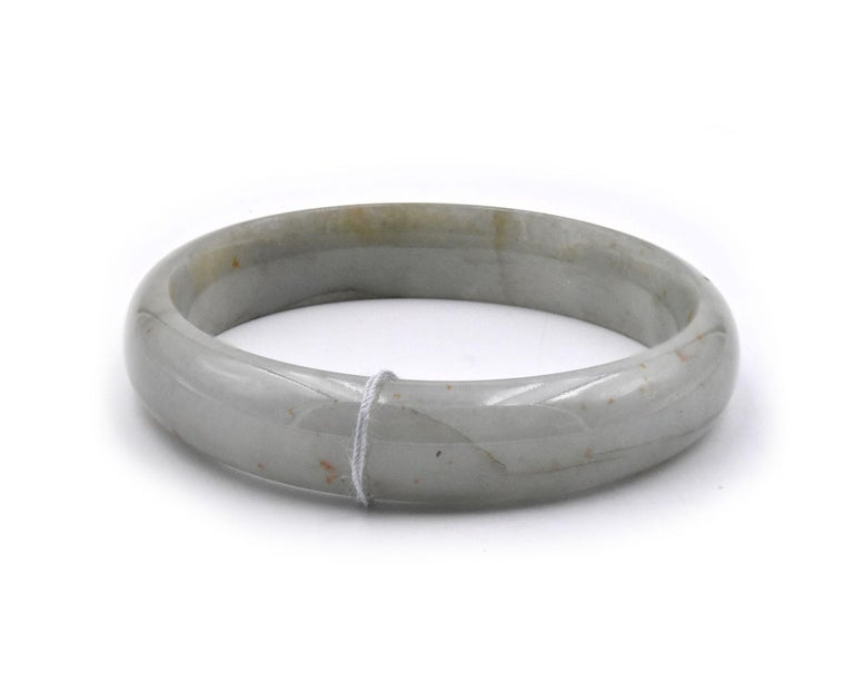 Jade Bangle Bracelet In Excellent Condition For Sale In Scottsdale, AZ
