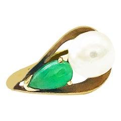 Jade and Pearl Modern Ring 14 Karat Yellow Gold