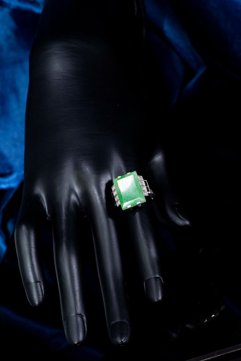 Jade Art Deco 1920s French Hallmarked Platinum Onyx Diamond Set Carat Large Ring For Sale 9