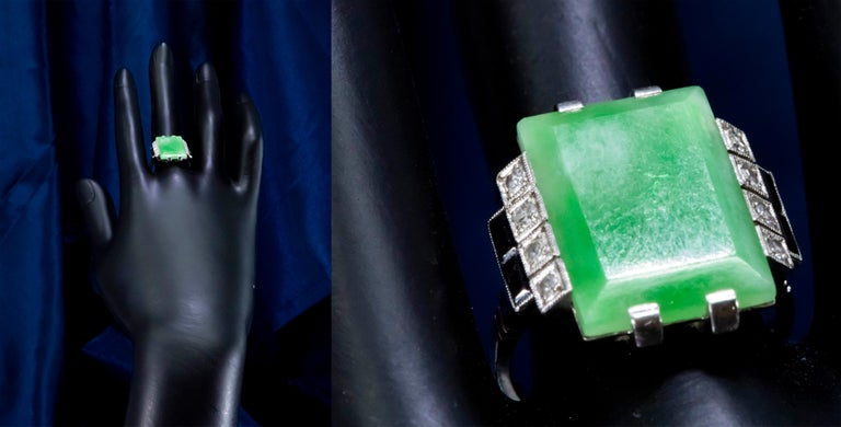 Jade Art Deco 1920s French Hallmarked Platinum Onyx Diamond Set Carat Large Ring In Good Condition For Sale In New york, NY