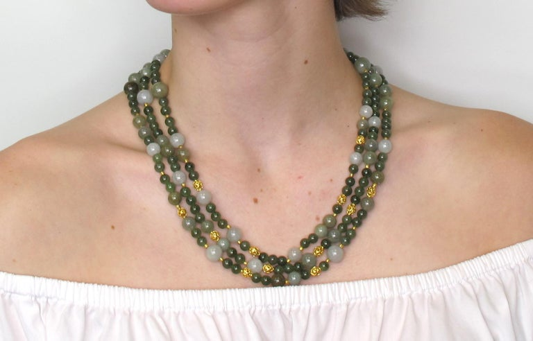 3-Strand Multi-colored Jade Beaded Necklace with 18k and 22k Yellow Gold Accents For Sale 4