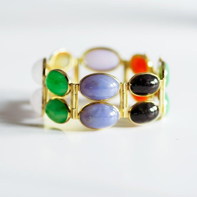 Jade Bracelet of Extraordinary Color Certified Untreated For Sale 10