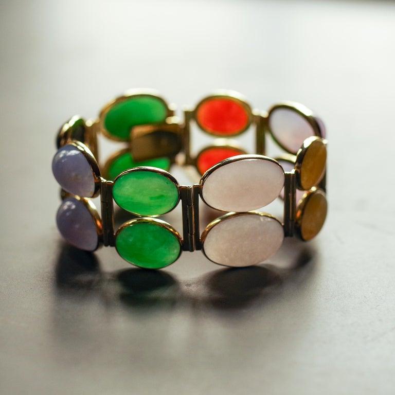 Jade Bracelet of Extraordinary Color Certified Untreated For Sale 12