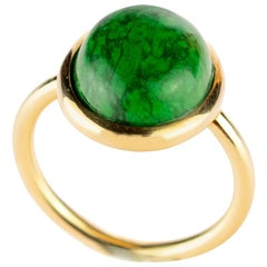 Jade Central Round Cabochon 18 Karat Gold Natural Boho Stepped Out Cocktail Ring
