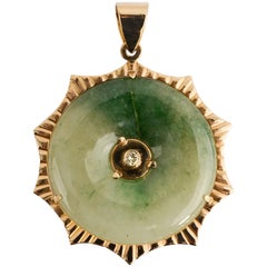 Jade Gold Pendant with Diamond