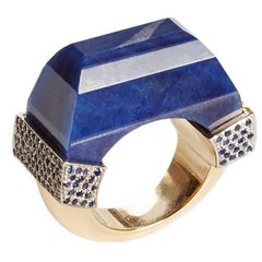 Jade Jagger Hand-Carved 81.75 Carat Sapphire Ring