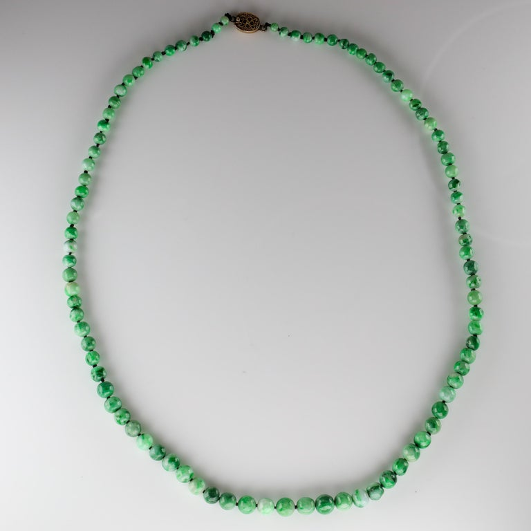 Jade Necklace circa 1930s Variegated Green Certified Untreated For Sale 8