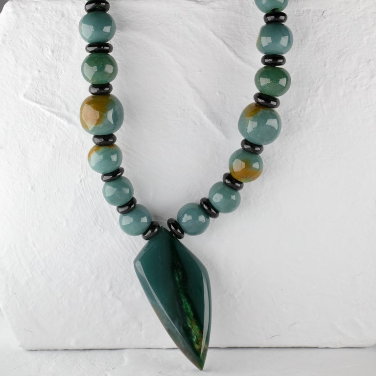 Jade Necklace Hand Carved Exotic Blue Olmec Jadeite Certified Untreated In Excellent Condition For Sale In Southbury, CT