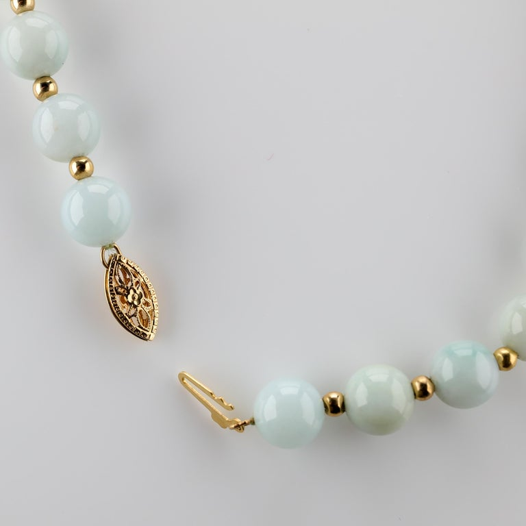Jade Necklace Light Green with Gold Beads, circa 1970 In Excellent Condition For Sale In Southbury, CT