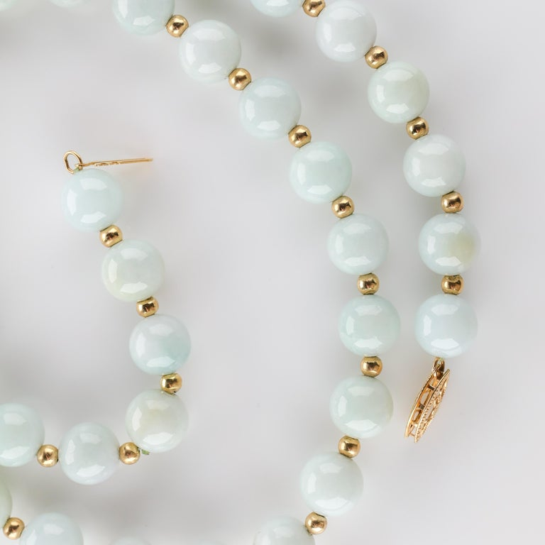 Jade Necklace Light Green with Gold Beads, circa 1970 For Sale 1