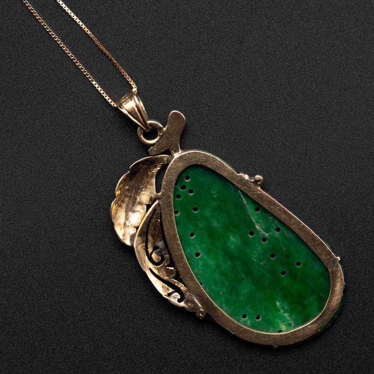 Jade Pendant Certified Untreated Intense Green Chromium Jadeite In Excellent Condition For Sale In Southbury, CT
