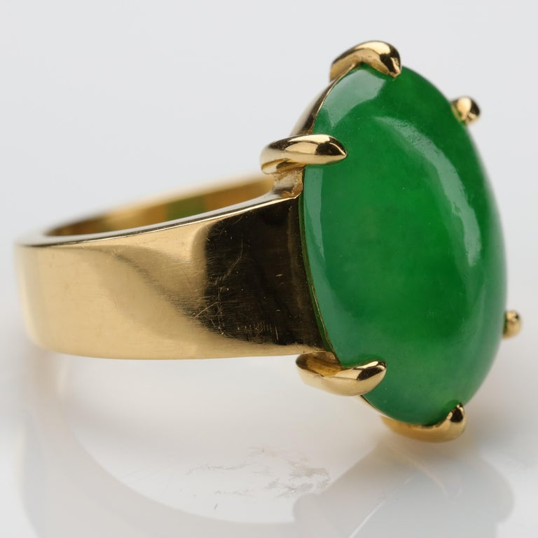 Jade Ring as Featured in the New York Times and Town & Country Magazine In Excellent Condition For Sale In Southbury, CT