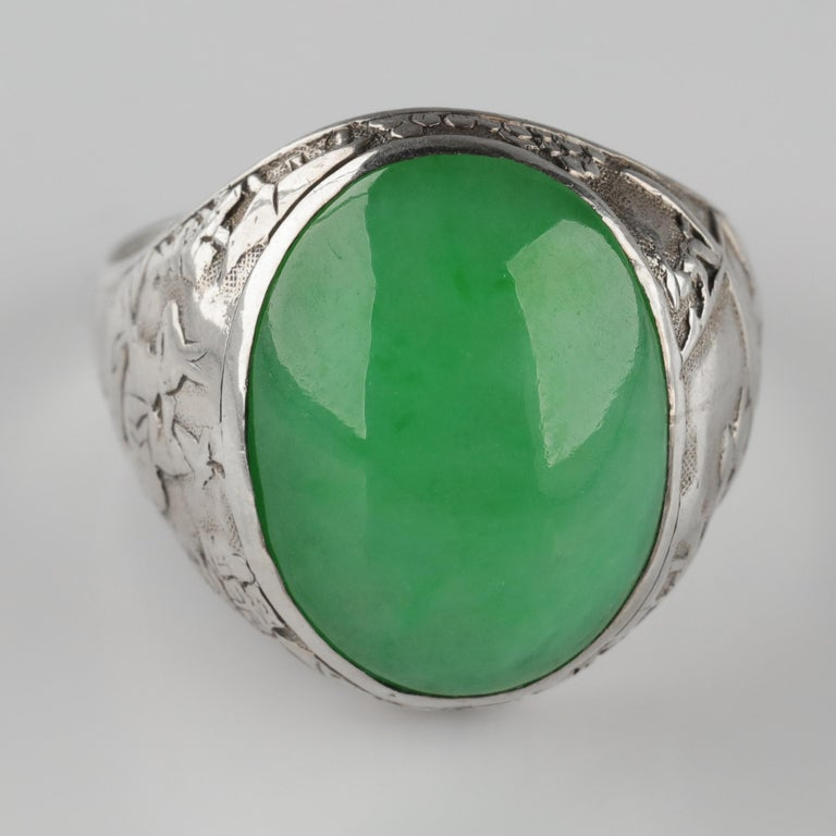 Jade Ring Certified Untreated Hand Carved Vignette Setting, circa 1910 For Sale 7